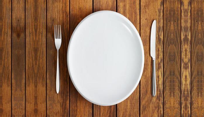 Медики рассказали о пользе голодания