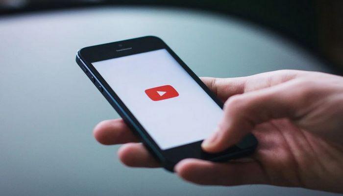 YouTube будет уведомлять засидевшихся допоздна пользователей о том, что пора спать
