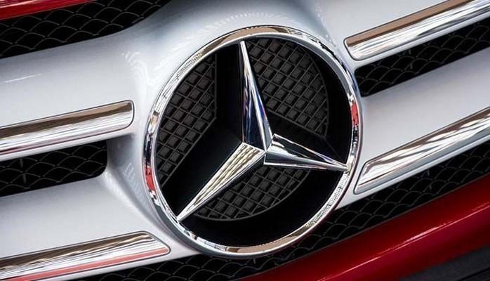 Mercedes İran ilə əməliyyatlarını dayandırdığını açıqladı