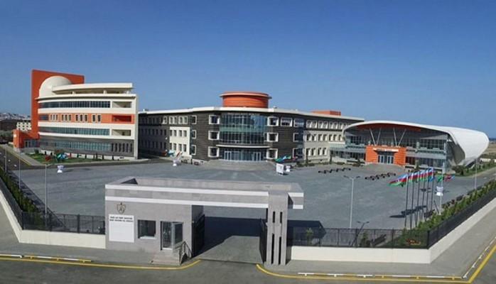 Бакинская высшая школа нефти названа лучшим учебным заведением года