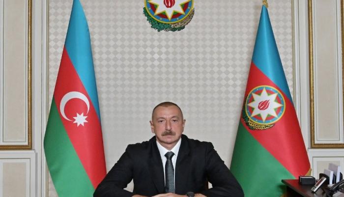 Prezident yeni dərs ili münasibətilə müəllim və şagirdlərə müraciət edib