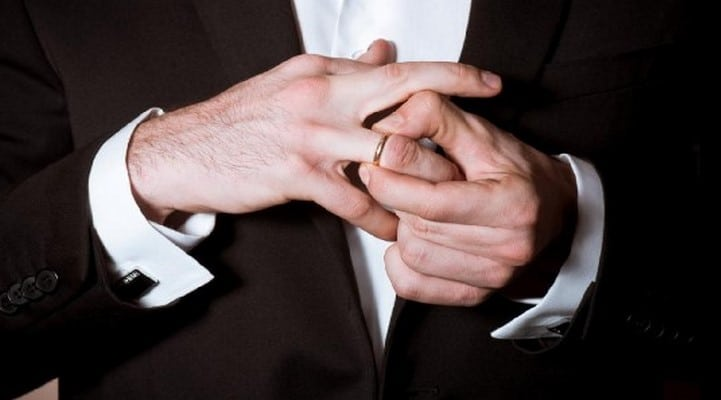 Медики объяснили, почему мужчинам вредно носить кольца