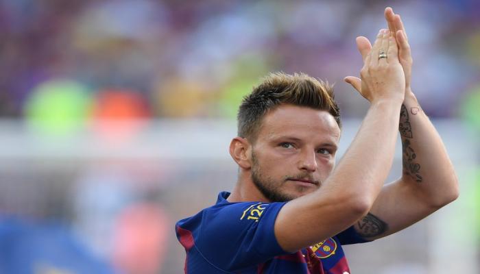 """""""Barselona""""dan ayrılan futbolçu """"Sevilya""""ya keçdi"""