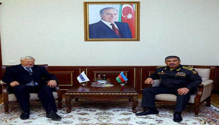 Министр обороны Азербайджана встретился с личным представителем действующего председателя ОБСЕ