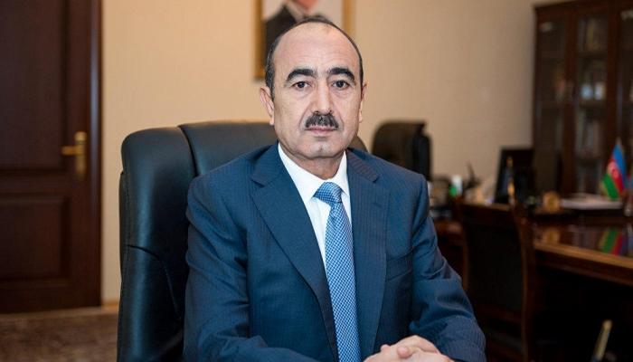 """Əli Həsənov: """"Bunlara müxalifət demək olmaz"""""""