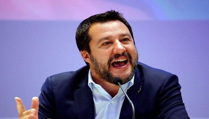"""İtaliyada partiya lideri Avropa Birliyini """"ilan və çaqqal yuvası"""" adlandırdı"""