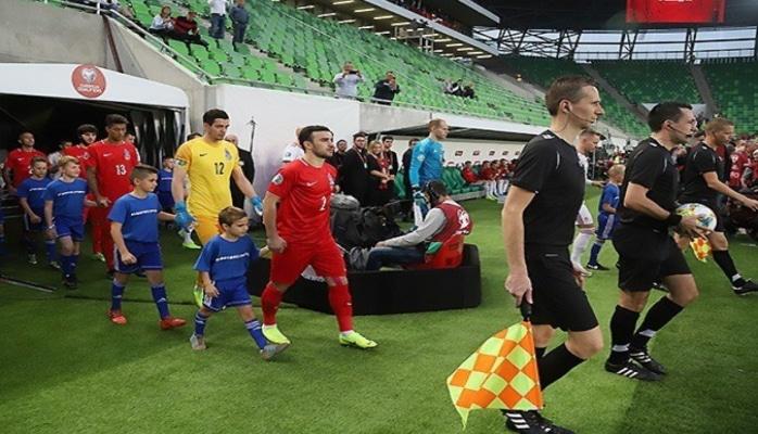 Macarıstan - Azərbaycan oyununun baş hakimi Dennis Higler səhvini etiraf edib