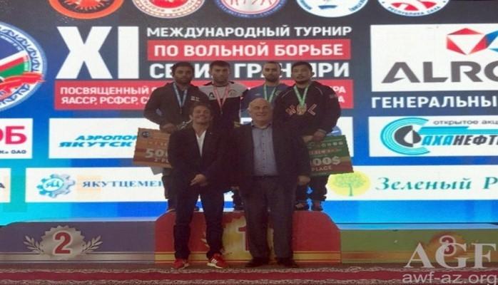 В последний день международного турнира в России наши борцы завоевали золотую и бронзовую медали