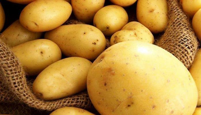 Тюменская компания поставила шесть вагонов картофеля в Азербайджан