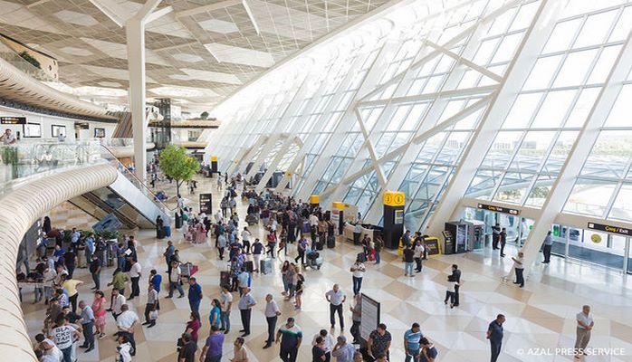 Бакинский аэропорт обслужил 3,8 миллиона пассажиров