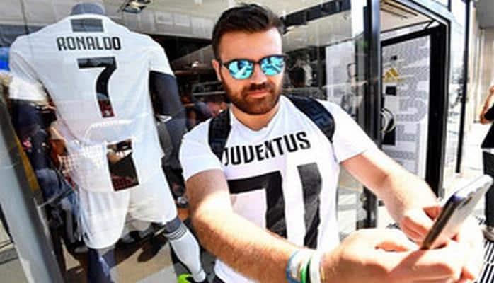 """""""Yuventus"""" Ronaldonun hər dəqiqədə bir formasını satıb"""
