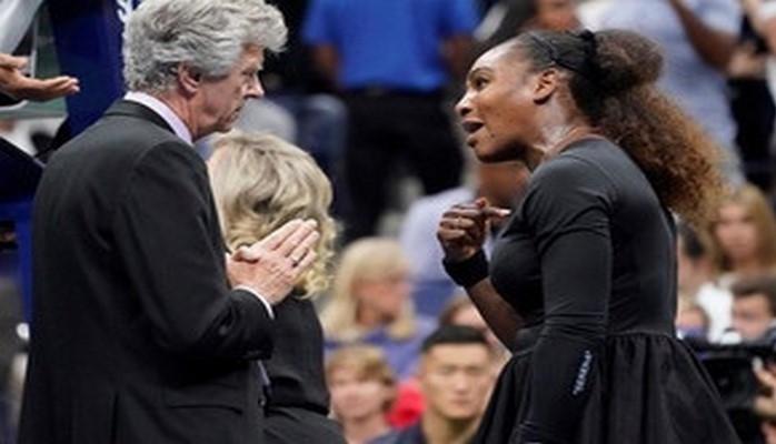 Мировой теннис встал на сторону судьи в конфликте с Сереной Уильямс
