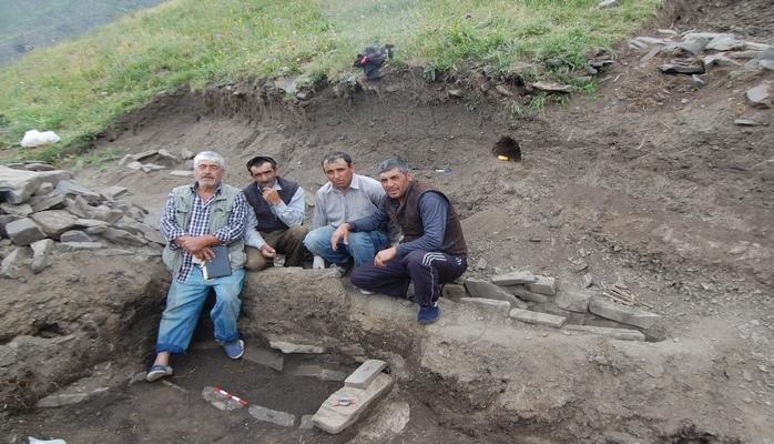 Xınalıqda 2500 il yaşı olan qədim nekropol aşkar edildi