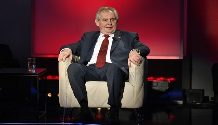 Чешское общество возмущено нецензурной лексикой президента