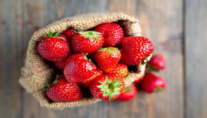 Клубника: польза и вред летней ягоды