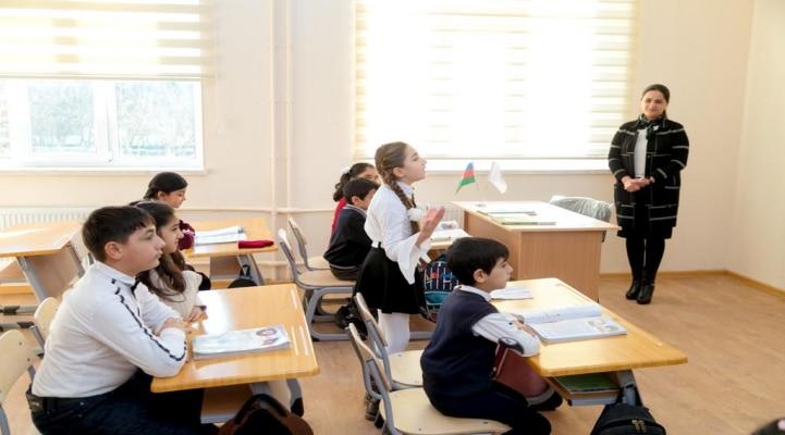 По инициативе Фонда Гейдара Алиева в Сальяне построено новое школьное здание