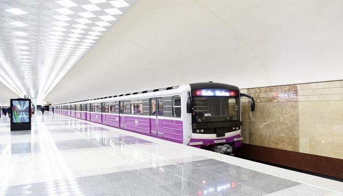 Бакинское метро переходит на зимний режим работы