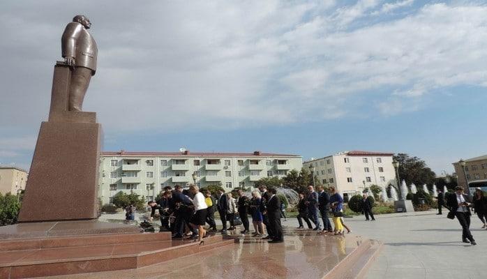 Европейские дипломаты посетили Центр Гейдара Алиева в городе Нахчыван