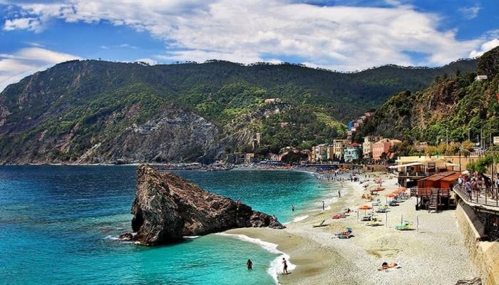 İtaliyada ilin ən gözəl çimərlikləri müəyyənləşib