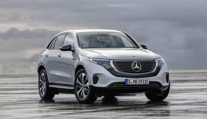 """""""Mercedes"""" özünün ilk elektromobilini təqdim etdi"""