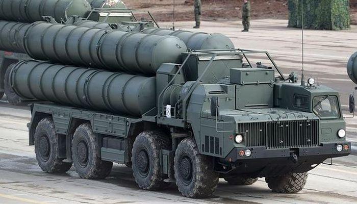 Турецких военных начали обучать управлению С-400