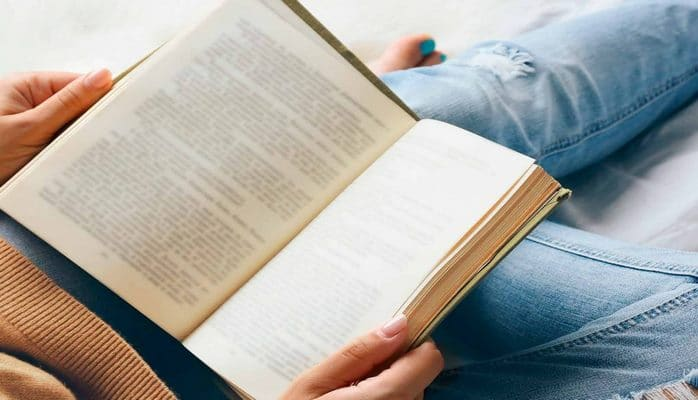 Kitab oxuyarkən gözlərinizi qorumağın yolları