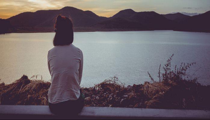 Depresyonun Neden Olduğu 8 Düşünsel Çarpıtma