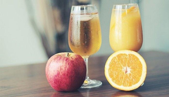 Химики из МГУ рассказали, как отличить настоящий и поддельный сок