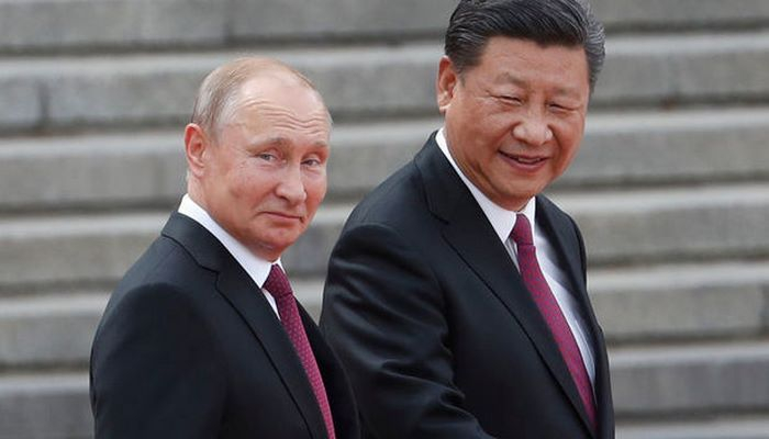 Путин подарил Си Цзиньпину мороженое