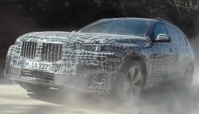 BMW şirkəti X7 modelini torpaq, qumluq və qarlı yollarda sınaqdan keçirdi