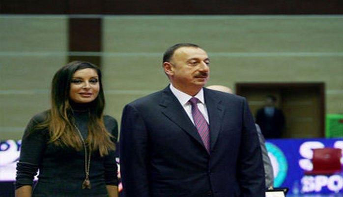 Президент Ильхам Алиев и Первая леди Мехрибан Алиева приняли участие в церемонии присяги молодых солдат Службы государственной безопасности Азербайджана