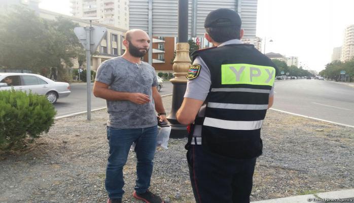 В Баку продолжаются профилактические меры пеших нарядов дорожной полиции
