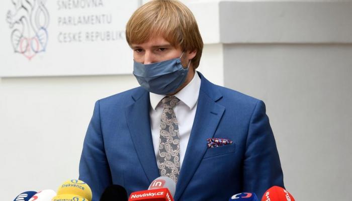 Çexiyanın səhiyyə naziri koronavirusa görə istefa verib