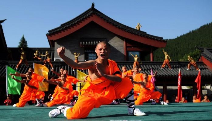 Почему шаолиньские монахи обладают огромной силой