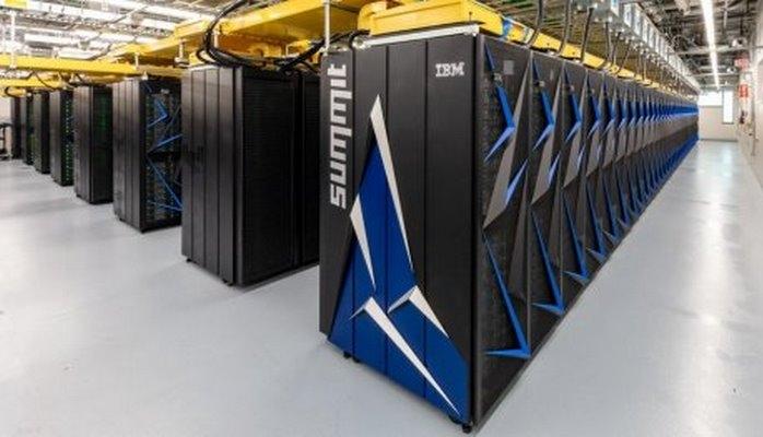Новый рекордсмен среди суперкомпьютеров: 200000 триллионов операций в секунду