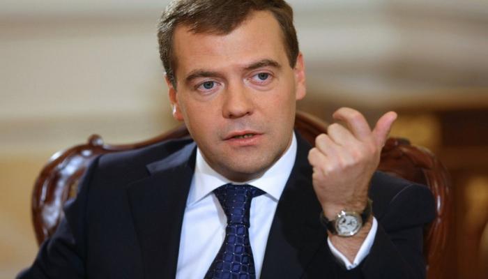 Медведев прокомментировал эскалацию ситуации на линии фронта