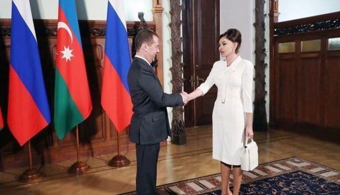 Ведущие российские СМИ широко освещают визит Первого вице-президента Азербайджана