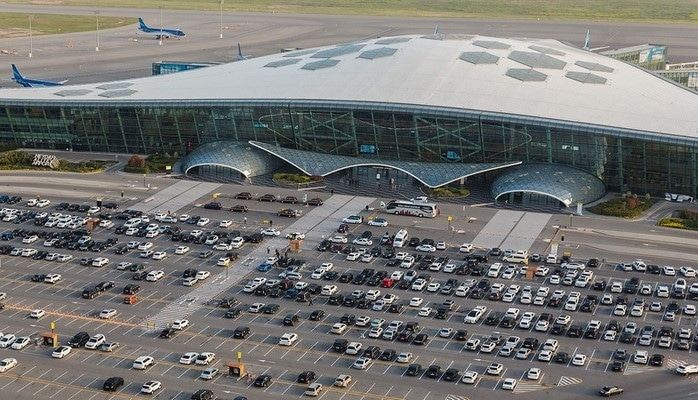 В этом году Международный аэропорт Гейдар Алиев обслужил свыше трех миллионов пассажиров