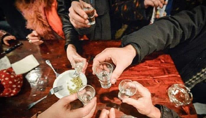 """BMT ekspertləri: """"İstənilən miqdarda spirtli içki orqanizm üçün ziyandır"""""""