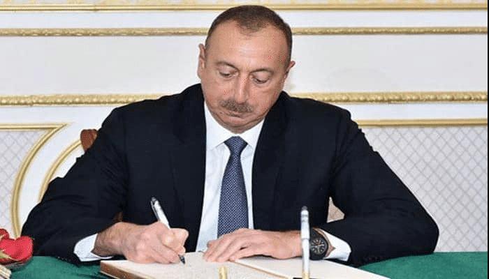 """Prezident Şəfiqə Məmmədovanı """"Əmək"""" ordeni ilə təltif etdi"""