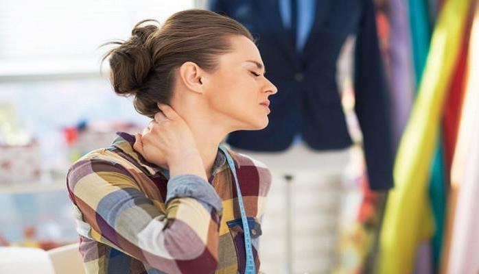 Как избавиться от головной боли при шейном остеохондрозе