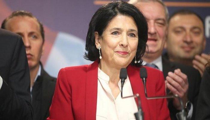 Gürcüstan prezidenti yenidən Azərbaycana müraciət etdi