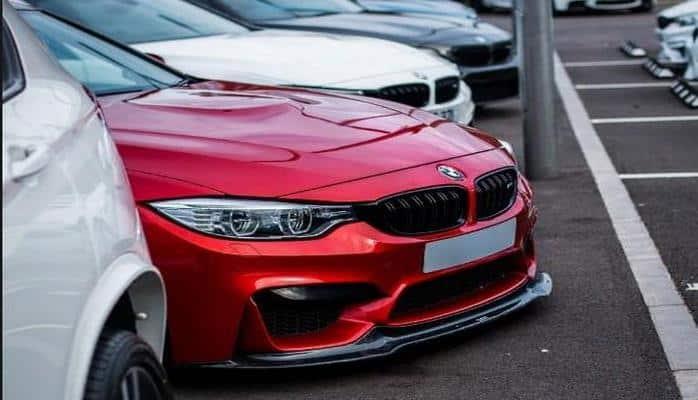 BMW M3 сравнялась по производительности с Tesla Model 3