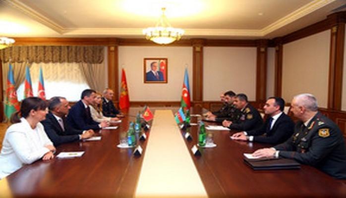 Обсуждены вопросы военного сотрудничества между Азербайджаном и Монтенегро