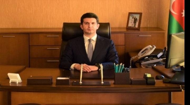 В Азербайджане глава ИВ отправил сотрудников на курсы английского языка