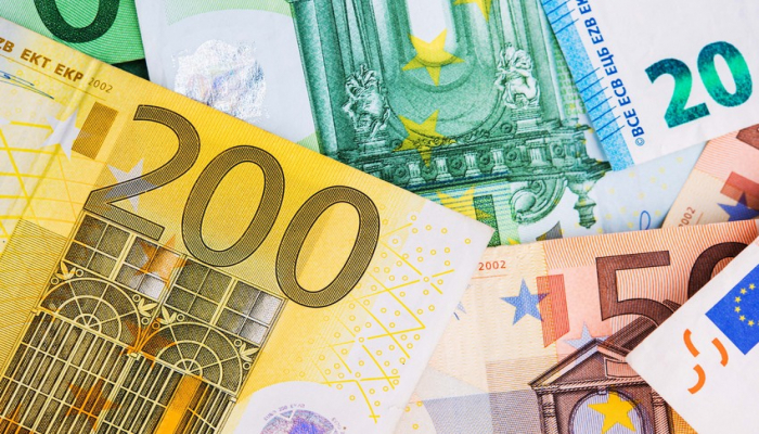 Курсы валют Центрального банка Азербайджана (28.09.2020)