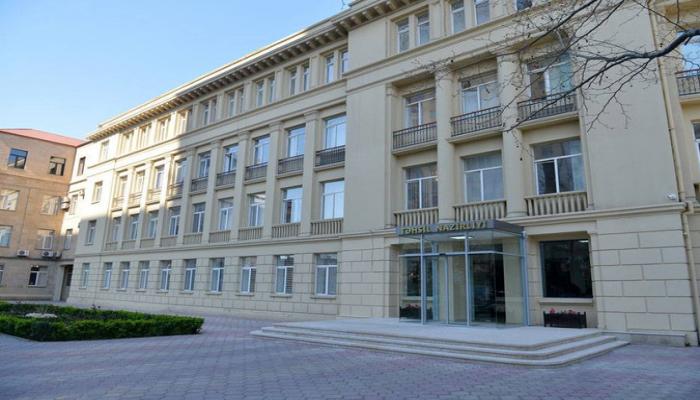В Азербайджане приняты на работу 8 553 учителей, назначены 300 новых директоров школ