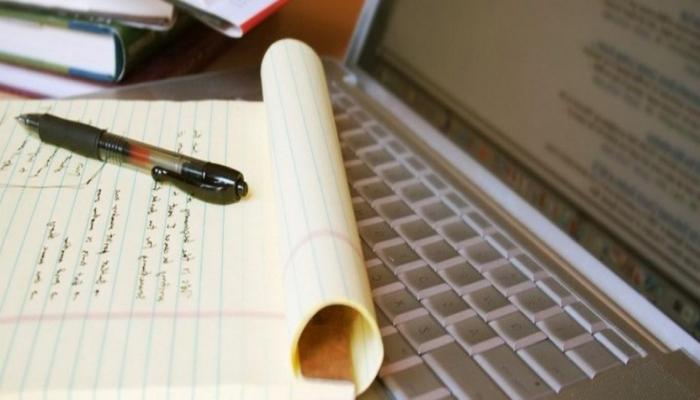 В Азербайджане для выпускников планируется проведение онлайн-экзамена по азербайджанскому языку