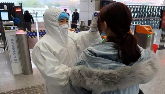 Çin həkimləri koronavirusun orqanizmdə qalma müddətini açıqlayıblar