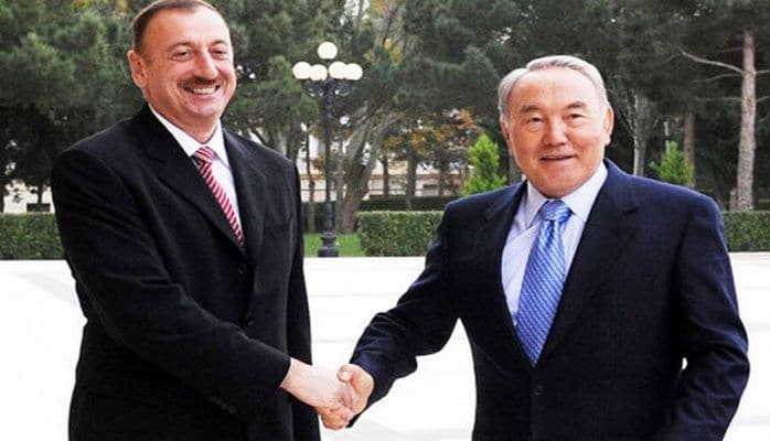 Ильхам Алиев позвонил Нурсултану Назарбаеву